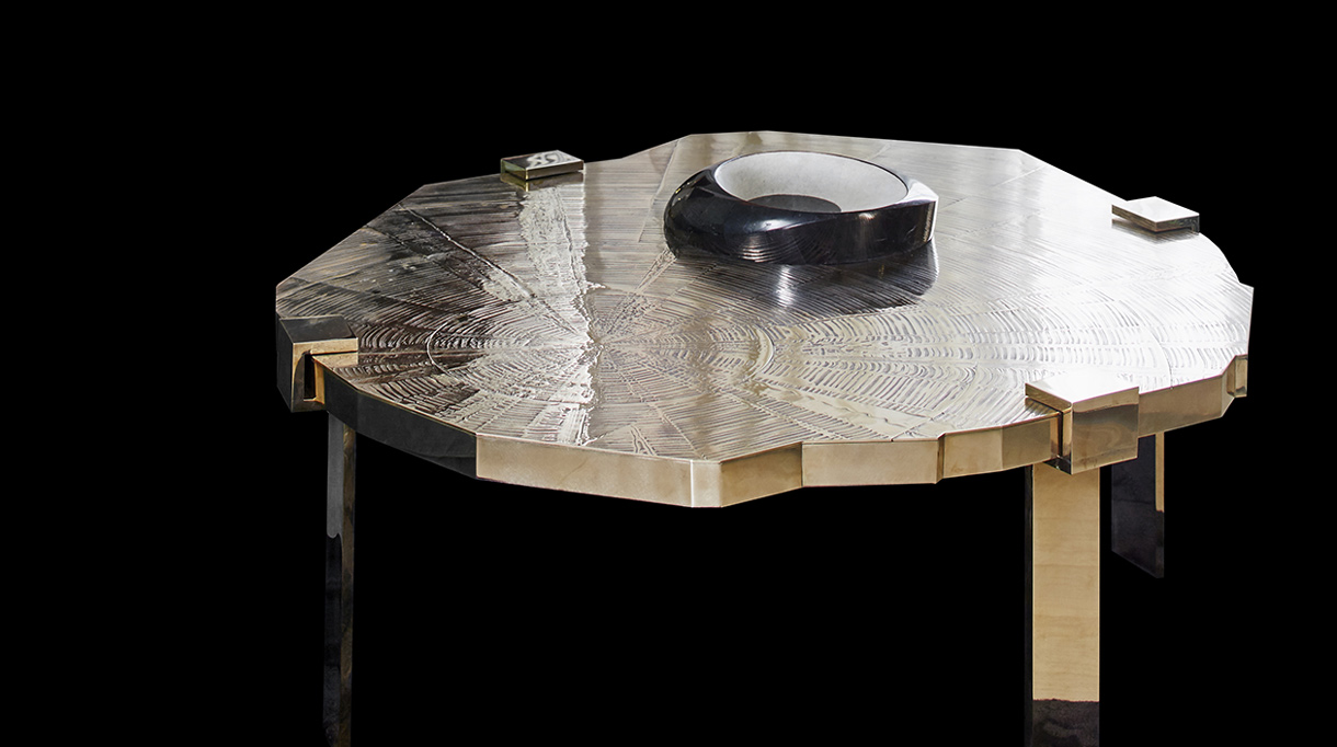 Stephanie Coutas - French interior designer - Bronze coffee table - Signatures Singulières Magazine - The digital magazine of French talent