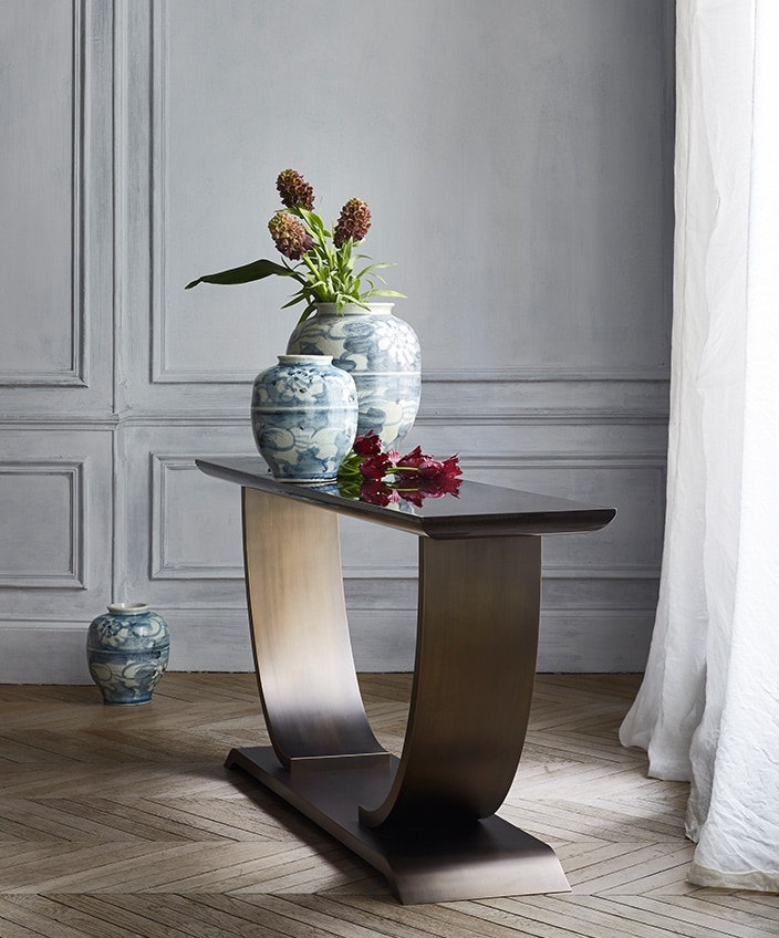hugues chevalier - frederic Taieb - art deco furniture - art deco showroom in paris - bronze console - signatures Singulières - The digital magazine of French talent
