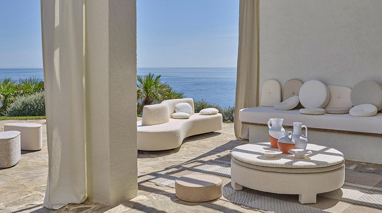 pierre frey - outdoor furniture - carpets outdoor - signatures singulieres magazine