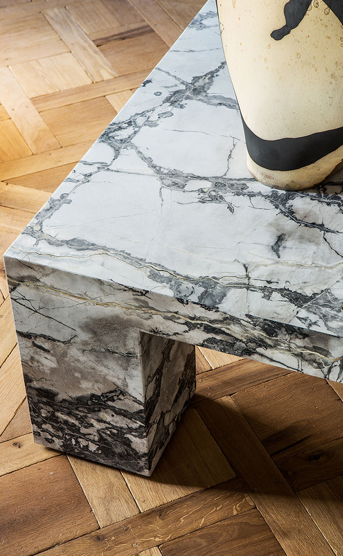gallery stephanie coutas - interior designer - art gallery in paris - marble coffee table - signatures singulieres magazine