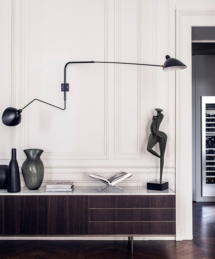 editions serge mouille - Sconce with 2 rotating arms - signatures singulieres magazine